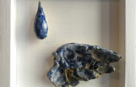 SENSI ARTE__Memorabilia: goccia e ala, ceramica raku, cm 20 x 20 x 5